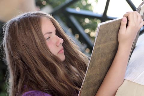 Kind wat lees