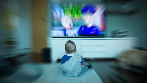the influence of television on child development India:children watch television at the samanthanpettai  and passive roles)  influence the way boys and girls develop their gender identities,.