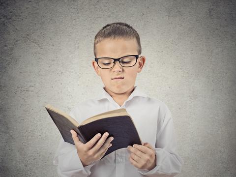 child-hates-reading-3